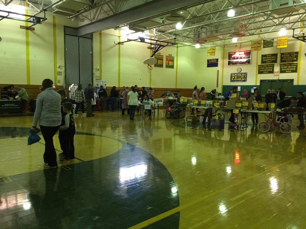 Game and vendor table in the gym