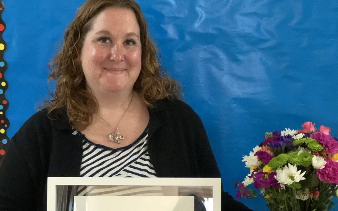 "Deanna Hansen Receives ""Making a Difference"" Award"