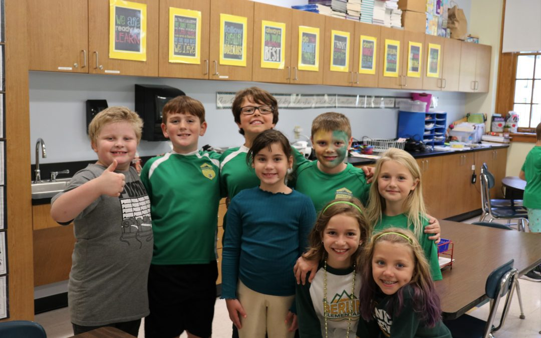 Green and Gold Day
